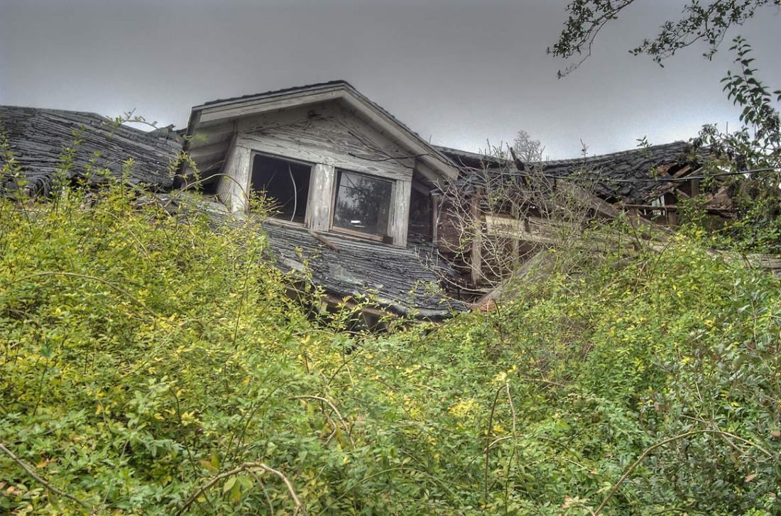 Zombie Foreclosure, Vampire REO, Fallbrook REO, San Diego Foreclosures, Carlsbad Foreclosures, Bonsall REO's, Bonsall Foreclosures